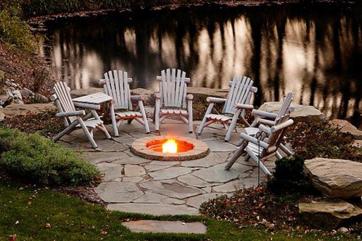 Cozy Firepit Ideas